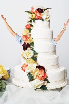 tarta con brazos