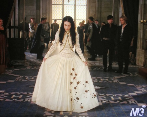 Dolorous Jewelry on Adelaide Kane as Mary stuart on Reign 2